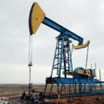 Укрнафта сократила добычу нефти и газа