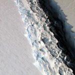 В ближайшее время от Антарктиды отколется огромный айсберг