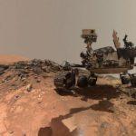 Марсоход зафиксировал живую человекоподобную фигуру на Марсе