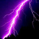 В Канаде более семи тысяч человек остались без электричества из-за грозы