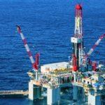 Нефть дешевеет в среду, но заканчивает январь с лучшей динамикой за пять лет