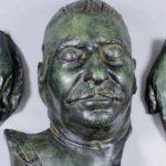 Посмертную маску Сталина продали на аукционе