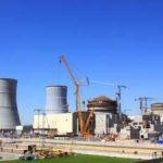 На стройплощадке Белорусской АЭС ведутся тепломонтажные и электромонтажные работы