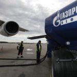 «Газпромнефть-Аэро» заправила «в крыло» самый большой пассажирский авиалайнер в мире