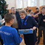 В дни новогодних праздников сотрудники Курскэнерго поздравили воспитанников школы-интерната