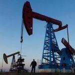 Цены на нефть закрепились выше 67 долларов