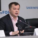Легально работает половина украинцев