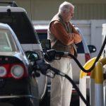 Цены на бензин застыли на фоне протестов водителей