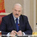 Лукашенко отложил ремонт НПЗ по просьбе Зеленского