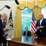 США отложили повышение пошлин на товары из Китая