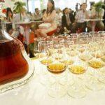 Украина отказалась от коньяка и шампанского
