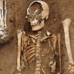 """В Англии нашли """"братскую могилу"""" с жертвами глобальной эпидемии (фото)"""