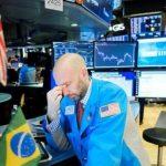 На мировых биржах рекордное с 2018 года падение