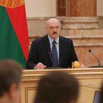 Волна шоков грозит захлестнуть Беларусь. Как будем выживать?
