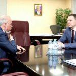 Гендиректор «Россети Тюмень» Алексей Солдатенко представил главе Сургута план уличного освещения города