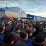 На газовом месторождении в Якутии взбунтовались рабочие: «Где карантин! Где маски?!»
