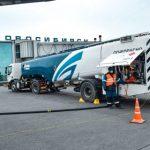 «Газпром нефть» втрое увеличила заправку самолетов с медицинскими грузами