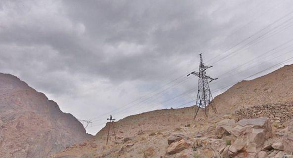 опора ЛЭП в горах