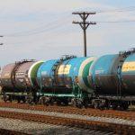 Беларусь скупает российскую нефть по дешевке. Как так вышло и насколько выгодно?