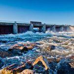 Сброс воды через Ляхкоминский гидроузел приведет к подтоплению дороги в поселок Ковда