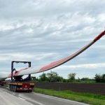 На Азовскую ВЭС доставлены ступицы и гондолы