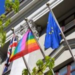 Посольство Великобритании призвало власти Беларуси отпустить задержанных на пикетах