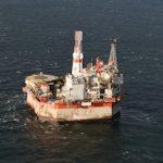 «Сахалин Энерджи» остановила на плановый ремонт нефтегазодобывающую платформу «Моликпак»