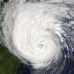 Ураган «Дельта» приблизился к побережью США в Мексиканском заливе