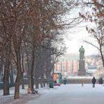 На Гоголевском бульваре Москвы идет фотовыставка, посвященная 75-летию атомной промышленности
