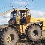 В Старом Урюпе тракторист едва не погиб, сбив опору ЛЭП на колхозном поле