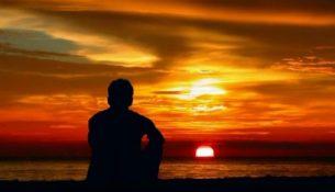 закат море