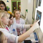 Росатом организовал для детей из Калининградской области путешествие в город профессий