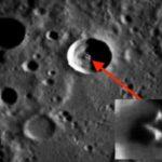 «Летающая тарелка»: на Луне нашли космический корабль инопланетян