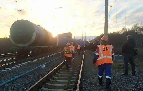 сход поезда авария