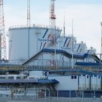 «Транснефть» увеличила до 3,5 млн тонн в год объем транспортировки нефтепродуктов в Высоцк