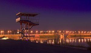 Яченское водохранилище, освещенная набережная