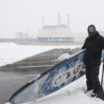 Уральские сёрферы впервые в мире сплавились по водоотводящему каналу Белоярской АЭС