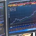 Чистая прибыль «Лукойла» оказалась вдвое ниже ожиданий рынка