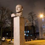 В Петербурге получили подсветку памятники Владимиру Маяковскому и Мусе Джалилю