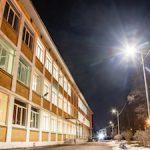 К постоянному электроснабжению подключено освещение территории «Школы здоровья» в Стрельн