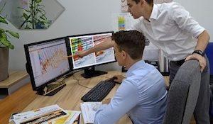 компьютер симулятор «РН-Геосим», для геологического моделирования и анализа месторождений