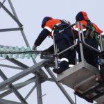 «Липецкэнерго» заменило дефектные изоляторы на ЛЭП 110 кВ «Заход»