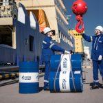 «Газпром нефть» обеспечит Мурманскую область битумными и смазочными материалами