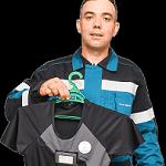 Самочувствие нефтяников будут контролировать «умные» футболки и часы