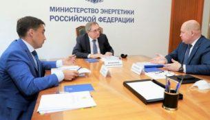 Министр энергетики России Николай Шульгинов и провёл рабочую встречу с губернатором Севастополя Михаилом Развожаевым.